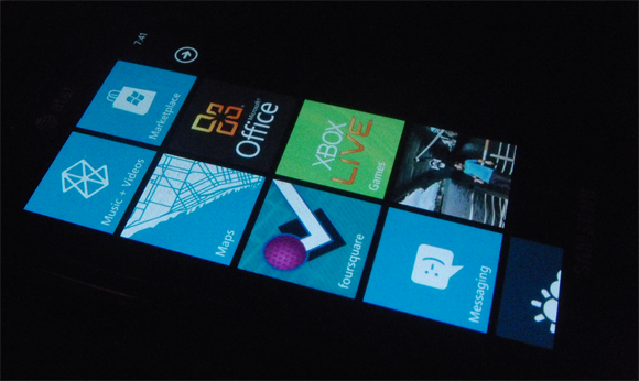 Windows Phone 7 Samsung Focus Tiles